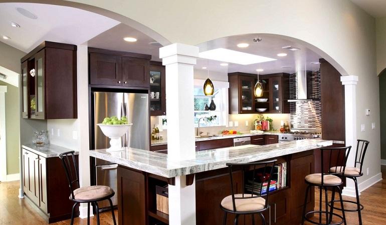 Арка на кухню и барная стойка